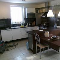 Interiéry a kuchyň Lom - 2010 - Lom - Rodinný dům vLomu.